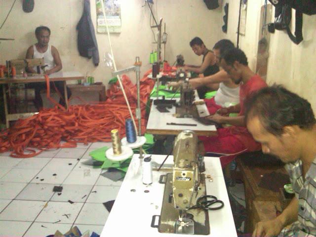 produksi tas, konveksi tas, pabrik tas, proses pembuatan tas, jasa pembuatan tas, konveksi tas murah, konveksi tas jakarta