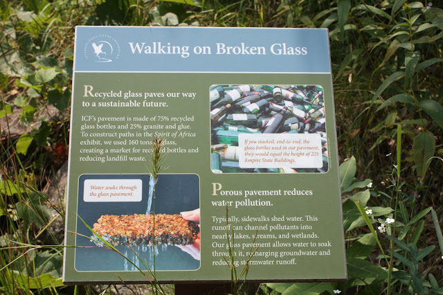Explanation of the usefulness of recycled glass pavement.
