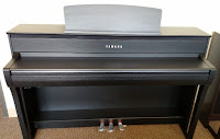 Yamaha CLP675 & CLP685 piano picture
