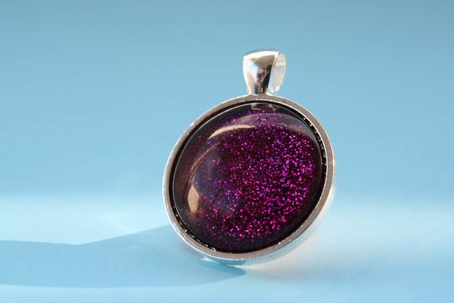 Make faux dichroic glass pendants with nail polish the beading make faux dichroic glass pendants with nail polish aloadofball Choice Image