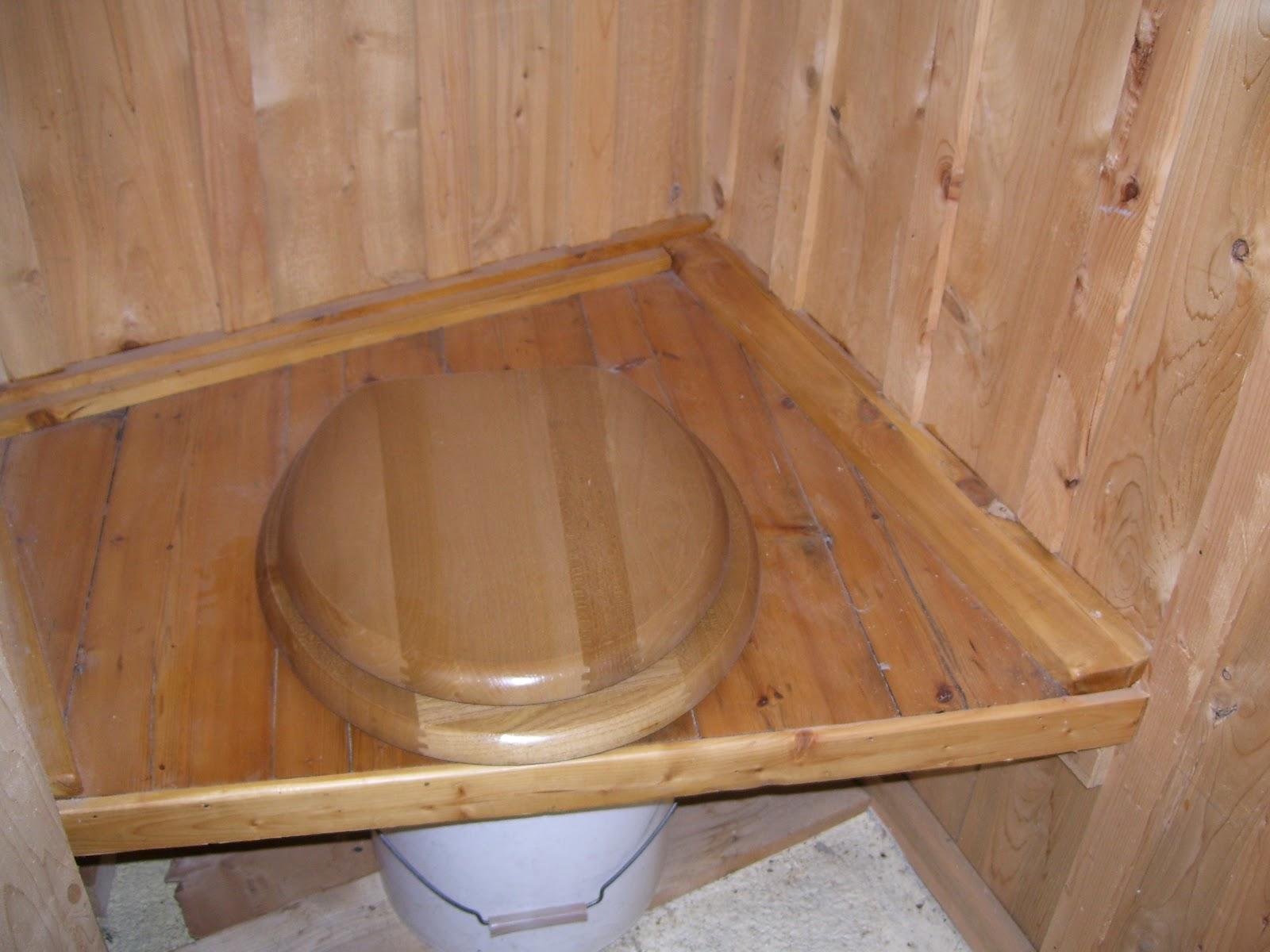Un Toilette Ou Une Toilette au temps perdu: les compolettes
