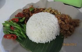 http://roniardy.blogspot.com/2015/02/11-kuliner-khas-lombok.html