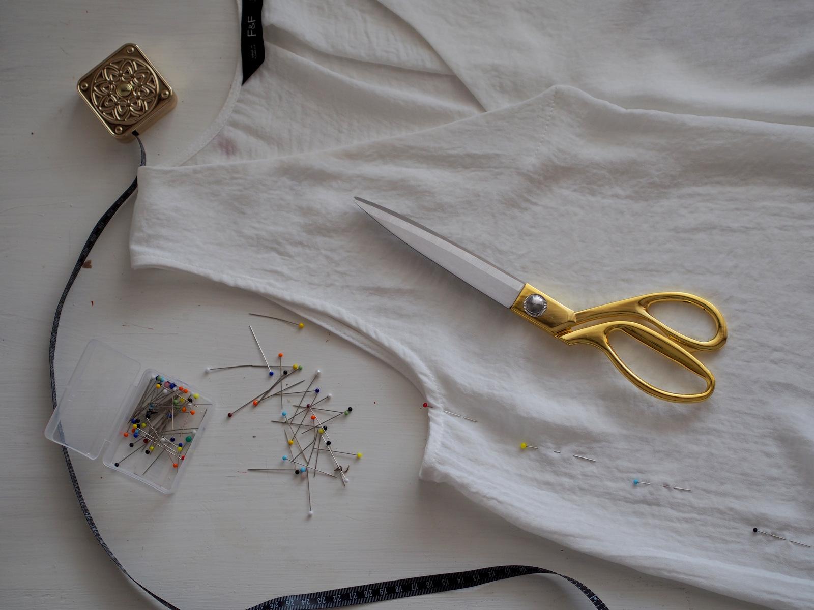 DIY: ako zúžiť blúzku/top/tričko