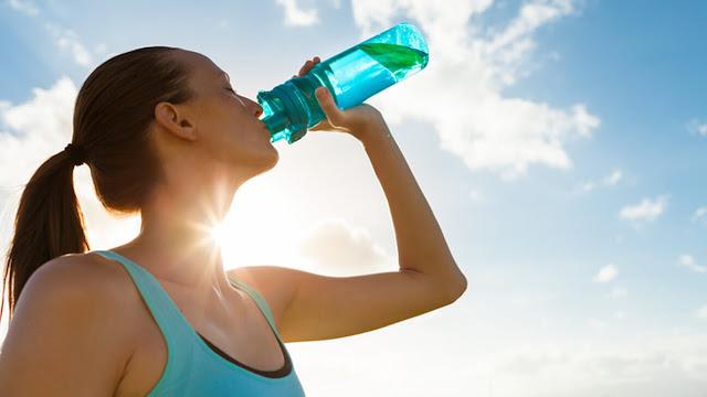 كيفية حساب كمية الماء التي يحتاجها الجسم