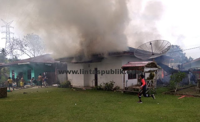Kebakaran di Bona-bona Simalungun, 4 Damkar Siantar dan 1 Damkar PT. STTC Turun, Ini Videonya