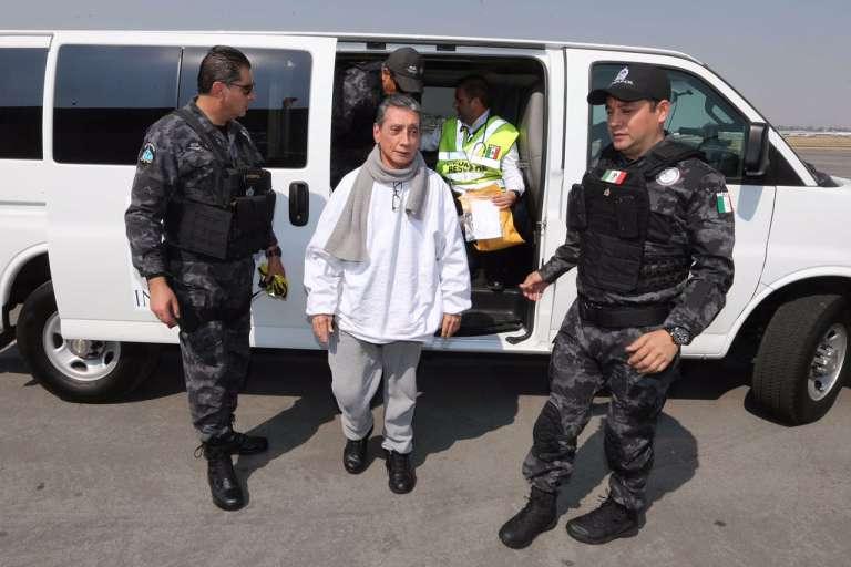 Ex-Narcogobernador Villanueva es trasladado a penal en Morelos