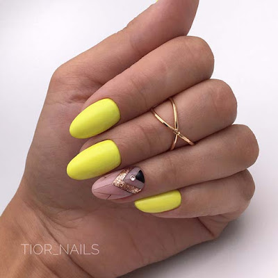 21+ Trendy Ways to Add Yellow Acrylic Nails To Your Fingers