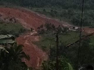 Longsor di Kampung Adat Sinaresmi Sukabumi. - Foto/Dok. BPBD Kabupaten Sukabumi