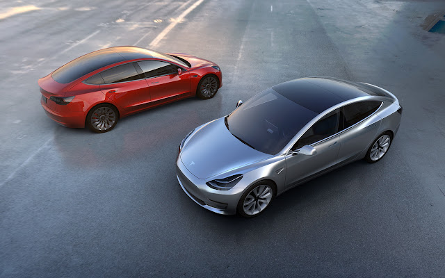 In the 'small' Tesla Model 3 there is no room for the 'superbateria' of 100kWh