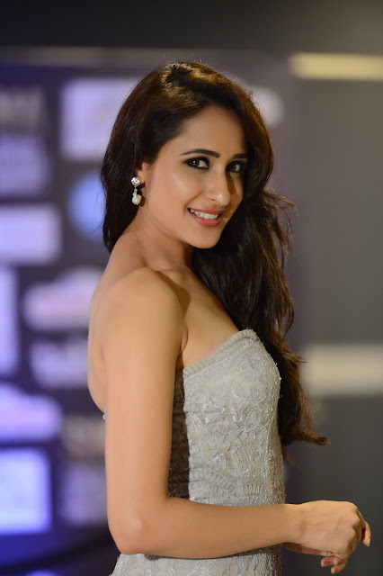 pragya Jaiswal Latest exclusive pics