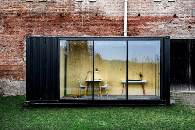 HiLoft Shipping Container Home