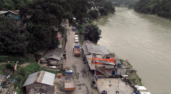 Structures along Teesta River demolished by Darjeeling district administration