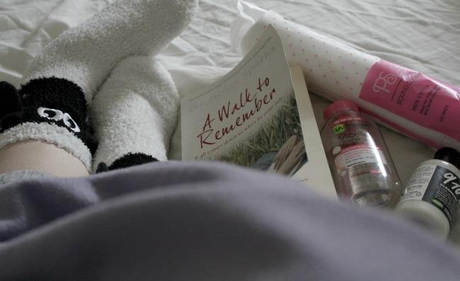 Anti-anxiety pre-bed routine. Nourish ME: www.nourishmeblog.co.uk