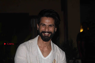 Shahid Kapoor Birthday Celetion Pos  0038.jpg