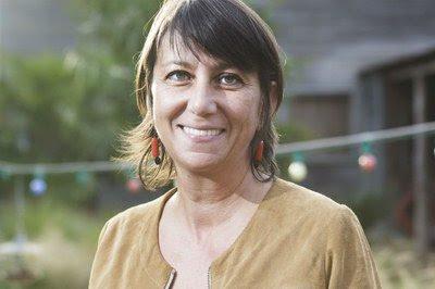 Sandrine e seu livro A História Ocultada dos Palestinos