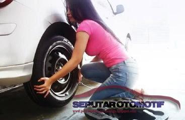 cara mudah membuka roda ban mobil