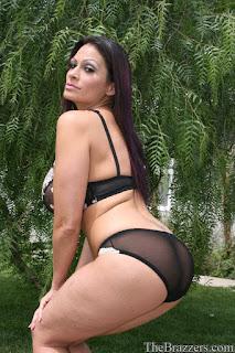 Ava Lauren : Sex Pro to the rescue ## BRAZZERS16vw1xv41s.jpg