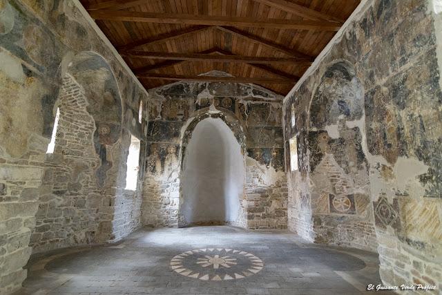 Refectorio del Monasterio de Santa Maria - Apolonia de Iliria, Albania por El Guisante Verde Project