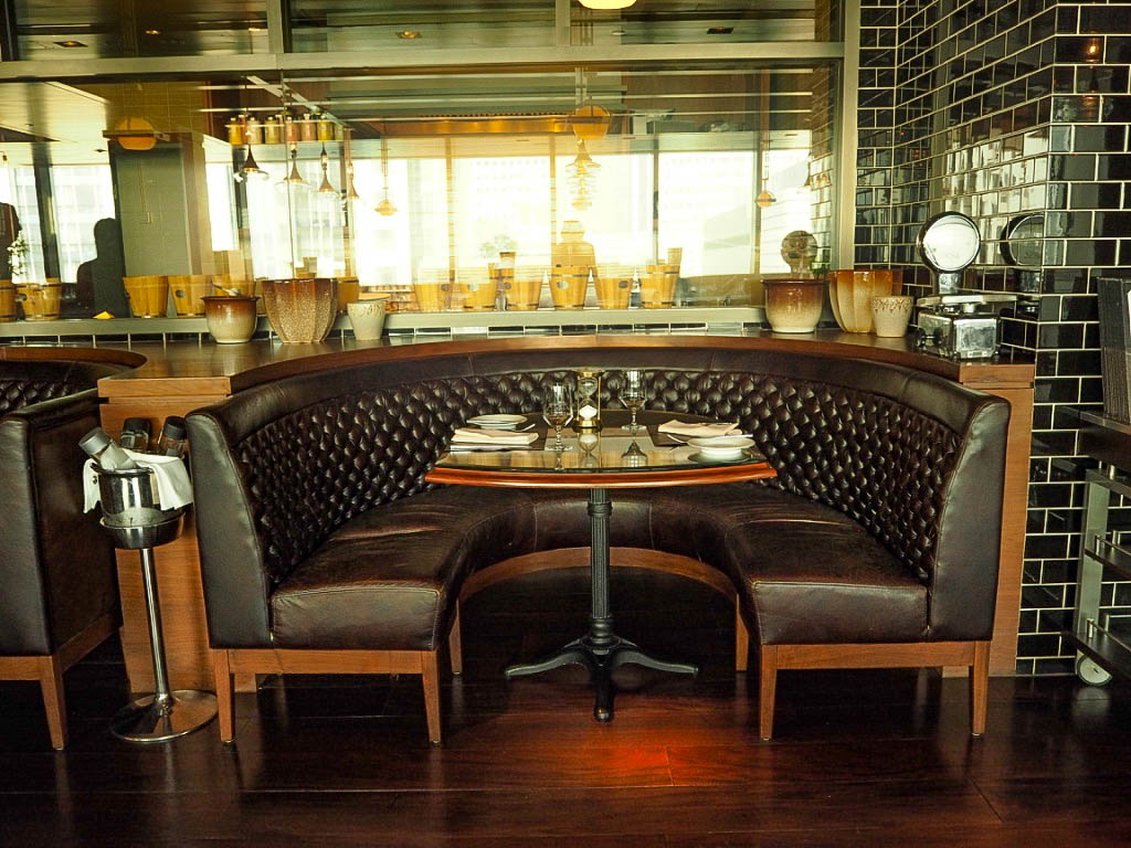 The 1515 West Chophouse and Bar in the Shangri-La hotel, Shanghai