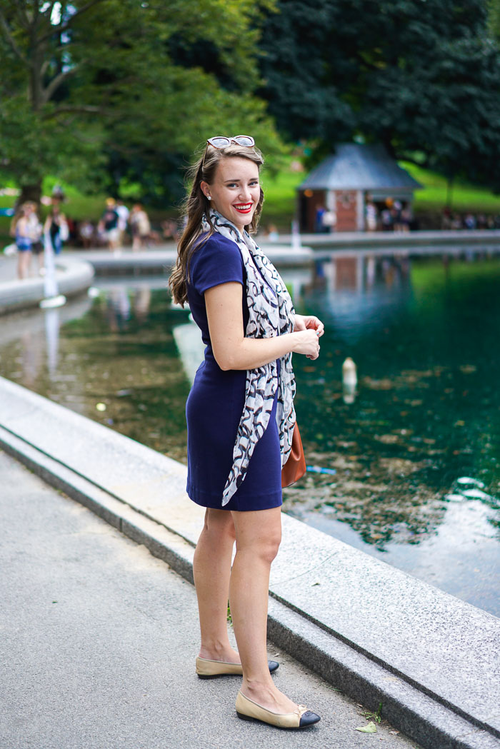 Krista Robertson, Covering the Bases, Travel Blog, NYC Blog, Preppy Blog, Style, Fashion Blog, Preppy Looks, Central Park NYC, Summer in NYC, NYC Summer activities, NYC Lifestyle, Sailboats in Central Park NYC, Lilly Pulitzer, Navy Dress, Preppy Outfit