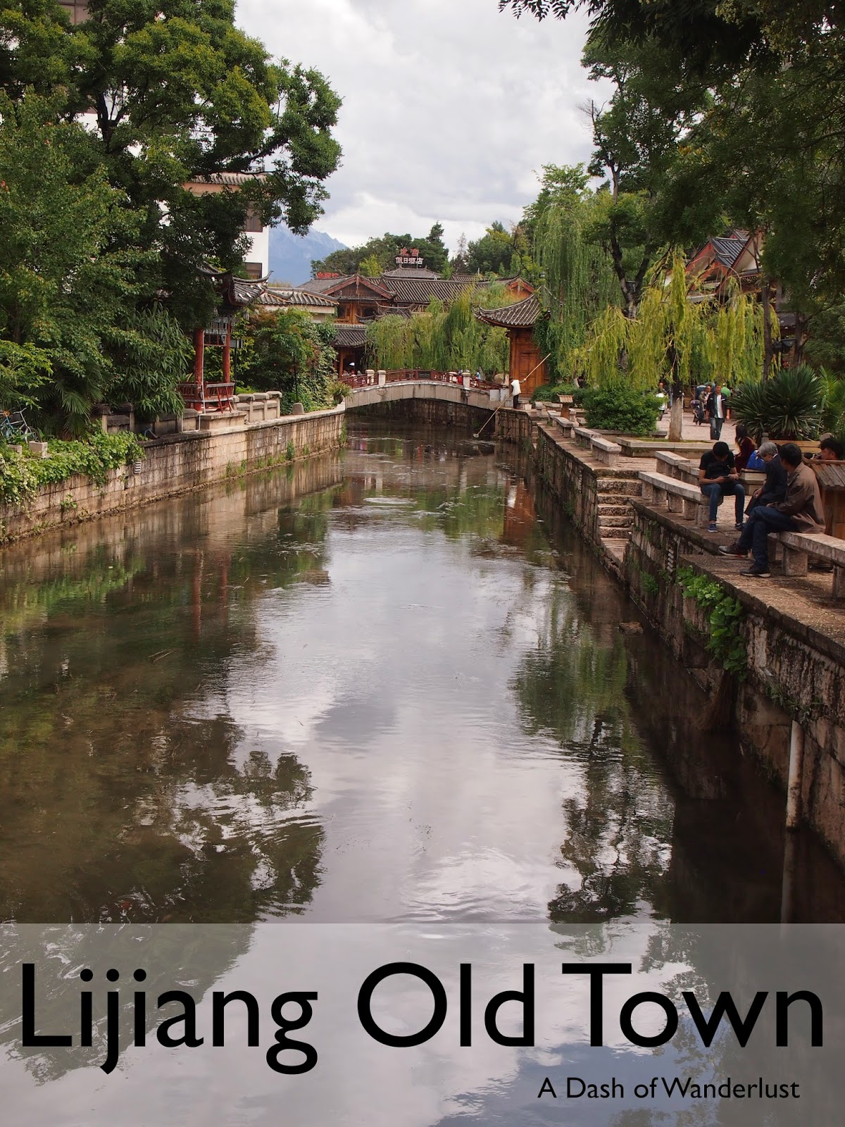 an image of the canals in lijiang old town