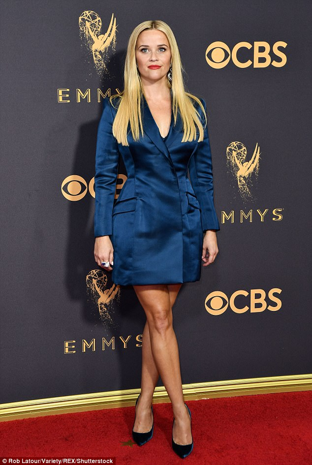 Reese Witherspoon wears thigh skimming tuxedo to the 2017 Emmy Awards