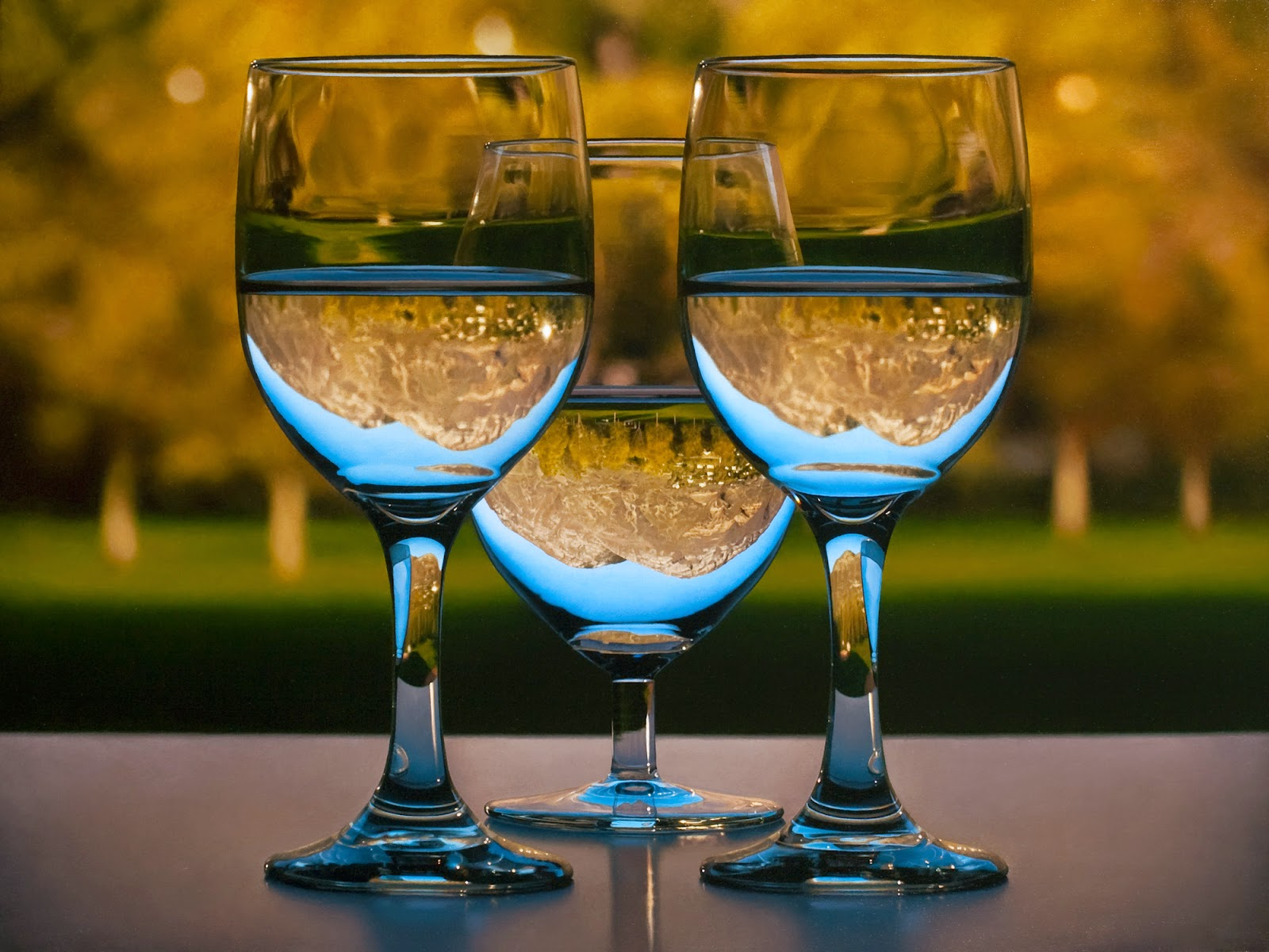 03-3 Glasses-Patrick-Kramer-Hyper-Realistic-Paintings-www-designstack-co