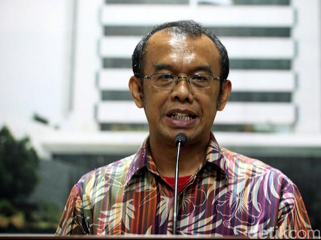 Kemenpora akan Kembalikan Cek Rp 2 M ke Pemuda Muhammadiyah