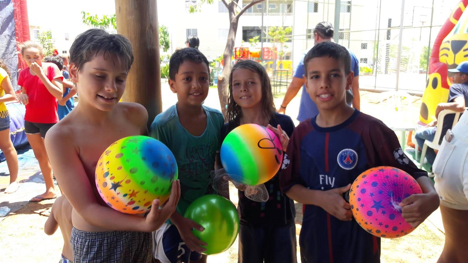 20181012 105715 - 12 de outubro teve festa para as crianças no Jardins Mangueiral