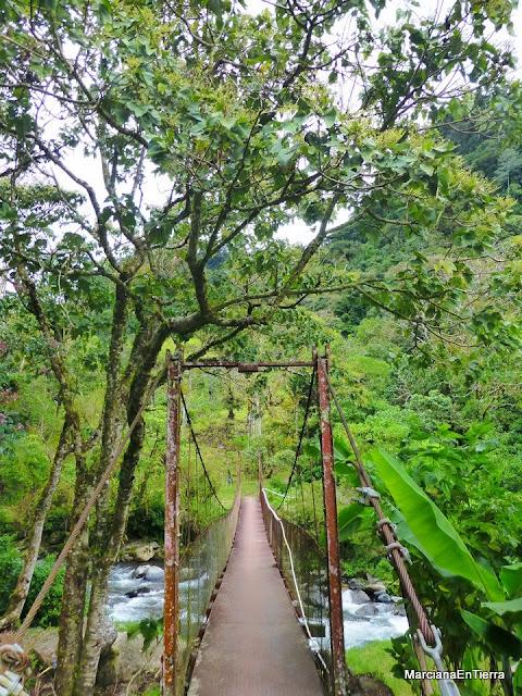 Puente sobre el río Caldera, Panamá
