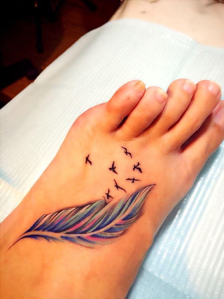 tatuajes de plumas para mujer y su significado On tatus de plumas