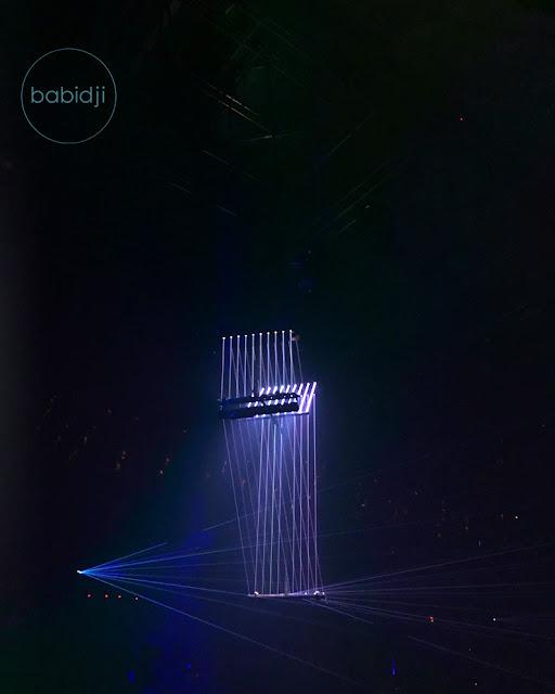 interieur de l'amnesia à Ibiza avec son magistral losange lumineux