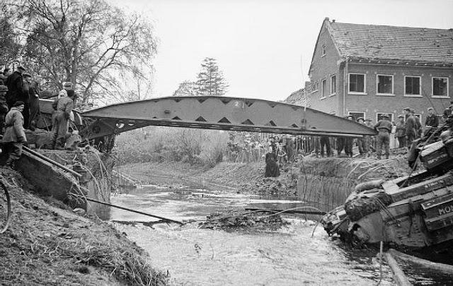 Churchill Bridgelayer