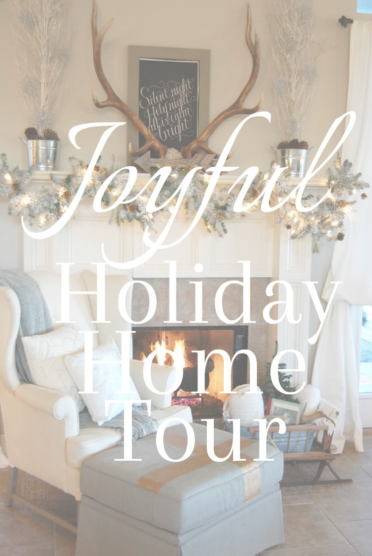 Blogger Chirstmas home tours