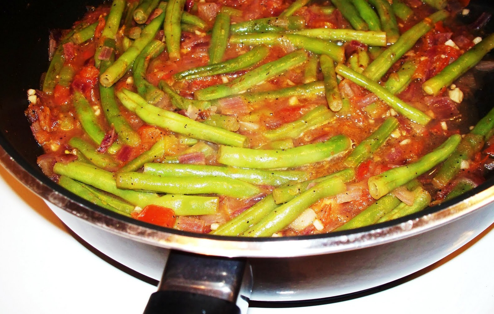 Turkish green beans recipe in english zeytinyal taze fasulye turkish green beans recipe in english forumfinder Images