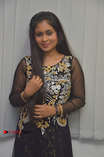 Tamil Actress Shreya Sri Stills in Black Akarkali Dress at Vanga Vanga Team Interview  0005.jpg