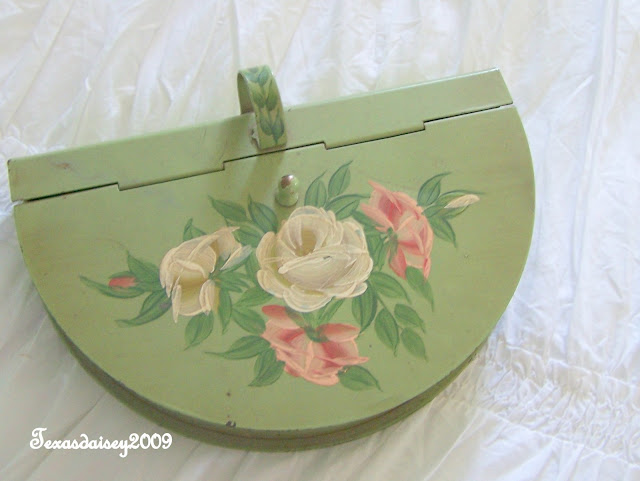 Texasdaisey: sharing my collection of A Bit O The Green Vintage Tole