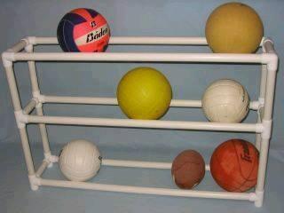 Ideas con tubos de PVC - organizador de pelotas