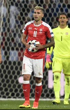 Ball bursts during Switzerland v France Euro 2016 game