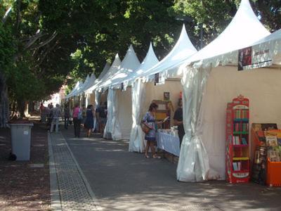 Casetas de la feria del libro de Santa Cruz de Tenerife