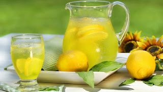 http://4.bp.blogspot.com/-zJ-c7R6WN4w/UhF6V-qVR5I/AAAAAAAAG_Y/P-4_XUSNBIw/s1600/Benefits+Of+Lemon+Juice.jpg