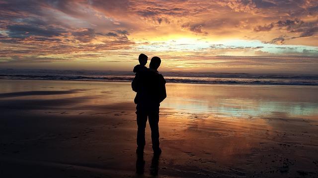 Tips Bagi Orang Tua dalam Mengajarkan Anaknya Tentang Nilai