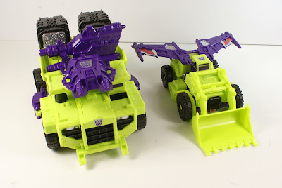 transformers combiner wars devastator weapon storage