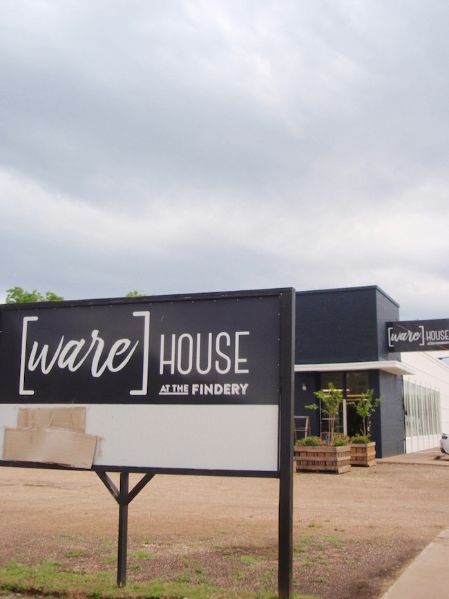 warehouse-findery-farmhouse-furniture-store-waco-texas