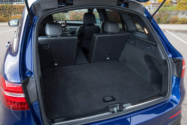 Mercedes-AMG GLC 63 4Matic+ - interior