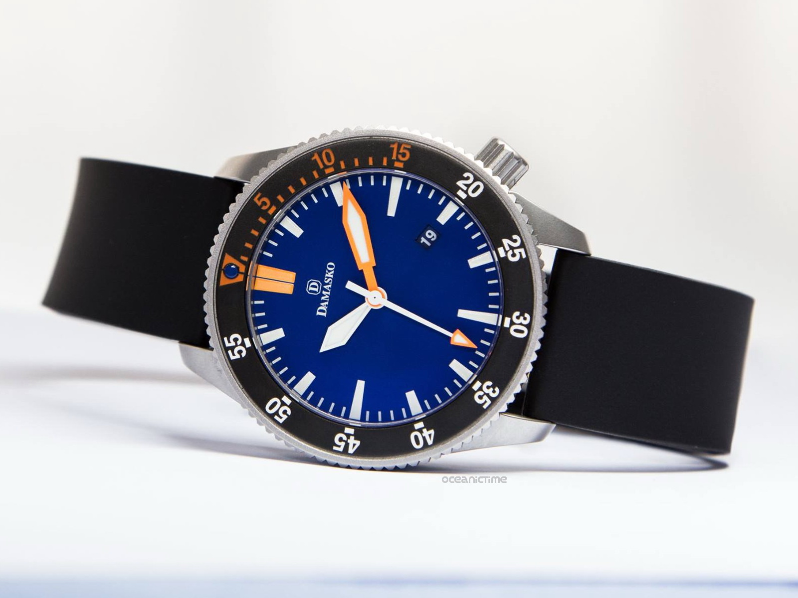 Oceanictime damasko dsub1 2ndlook new blue for Damasko watches