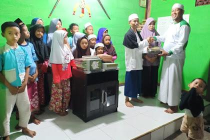HILMI - FPI Kota Bekasi Berikan Bantuan Untuk Anak - Anak TPA Tarbiyatul Wildan
