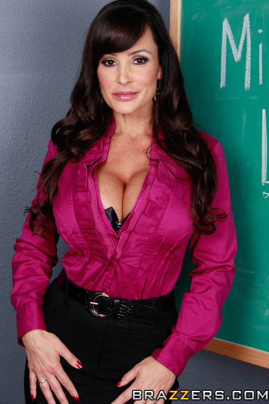 Lisa Ann 5