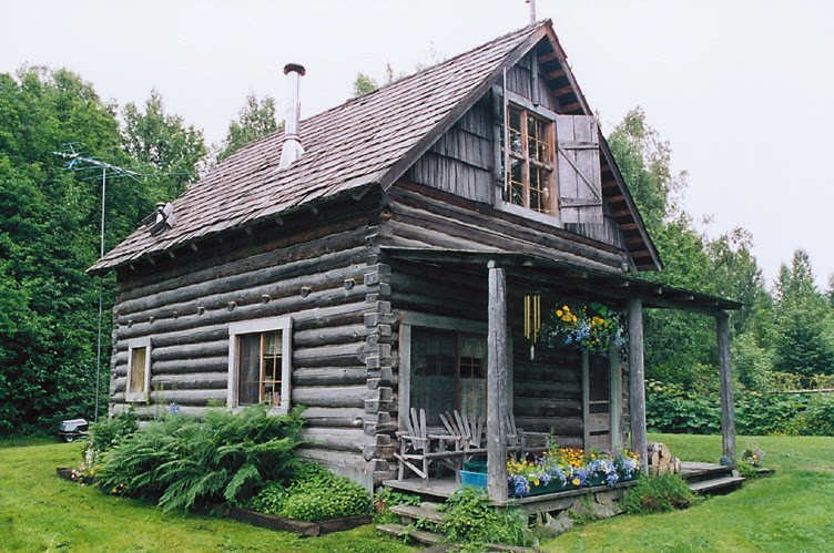 Two story log cabin in Hope, Alaska.
