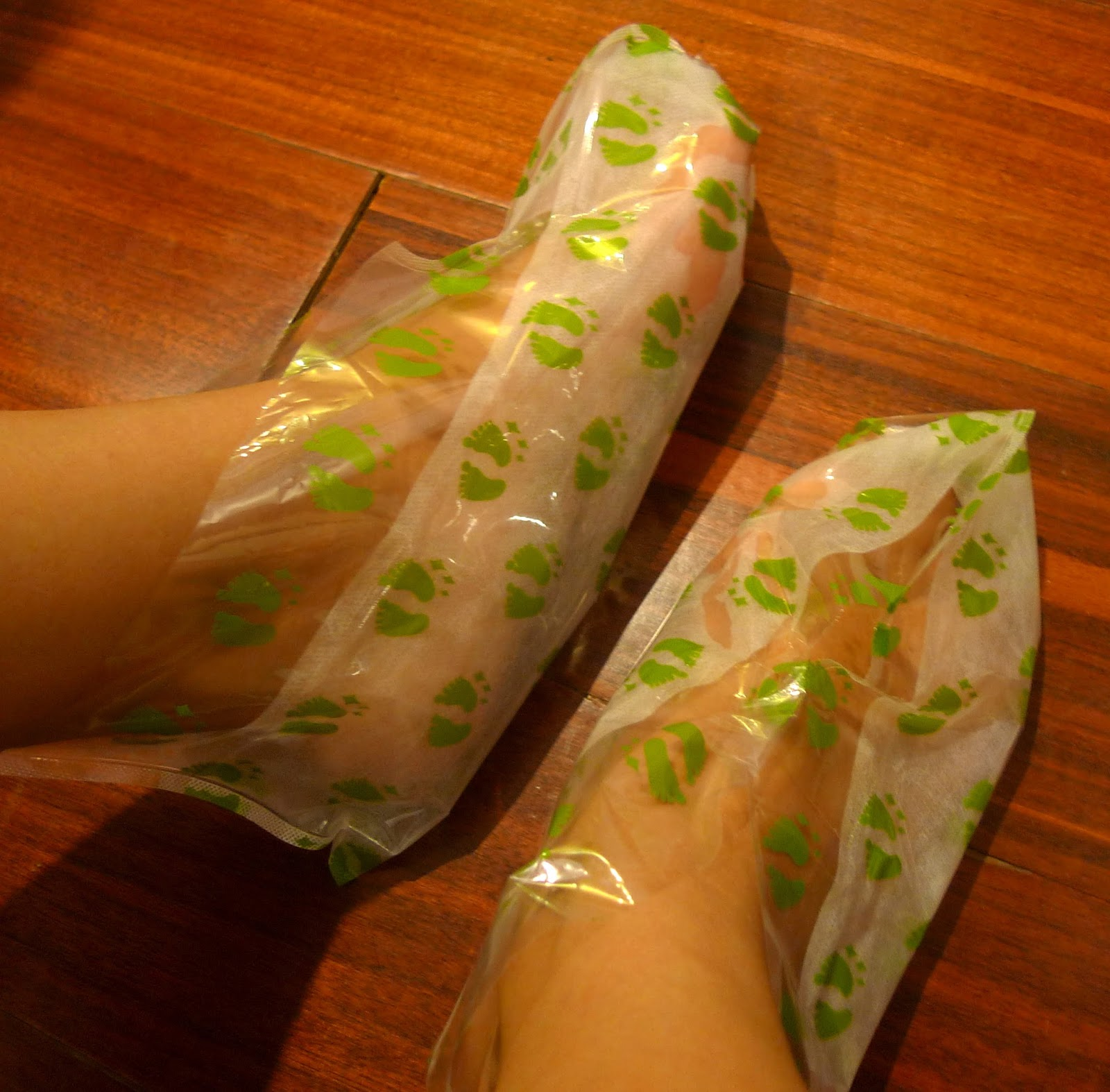Purederm Exfoliating Foot Mask Review The Beauty Junkee